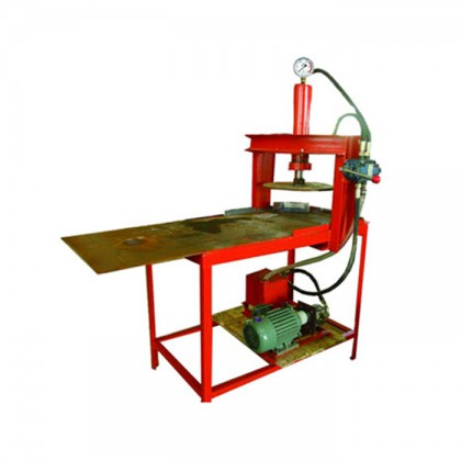 Hydraulic cake machine